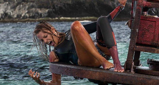 A zátony (The Shallows) - Blake Lively