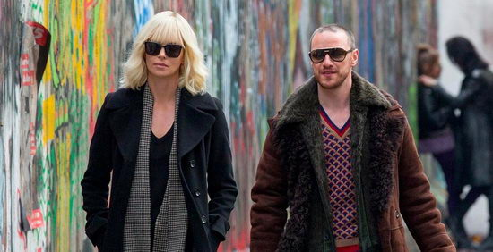 Atomszőke (Atomic Blonde) Charlize Theron és James McAvoy